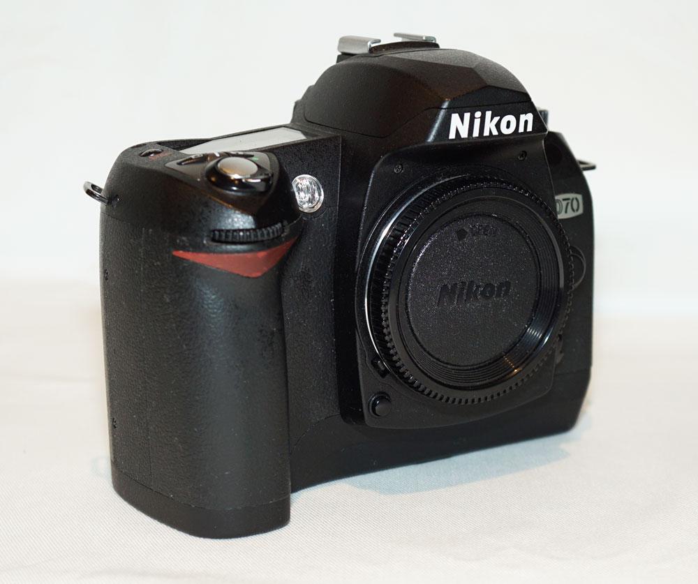 ... nikon d70 c... D70 Nikon